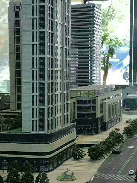 新天地和荣城房产强强合作无数商铺,无数公寓优惠多