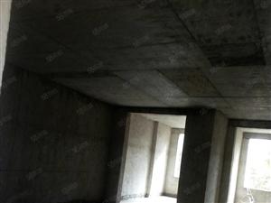 富荣小区现房毛胚住房二楼,面积135平方有证可按揭分期