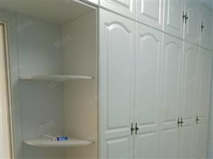 蓝岳玫瑰园,精装修拎包入住!干净卫生,房东好。