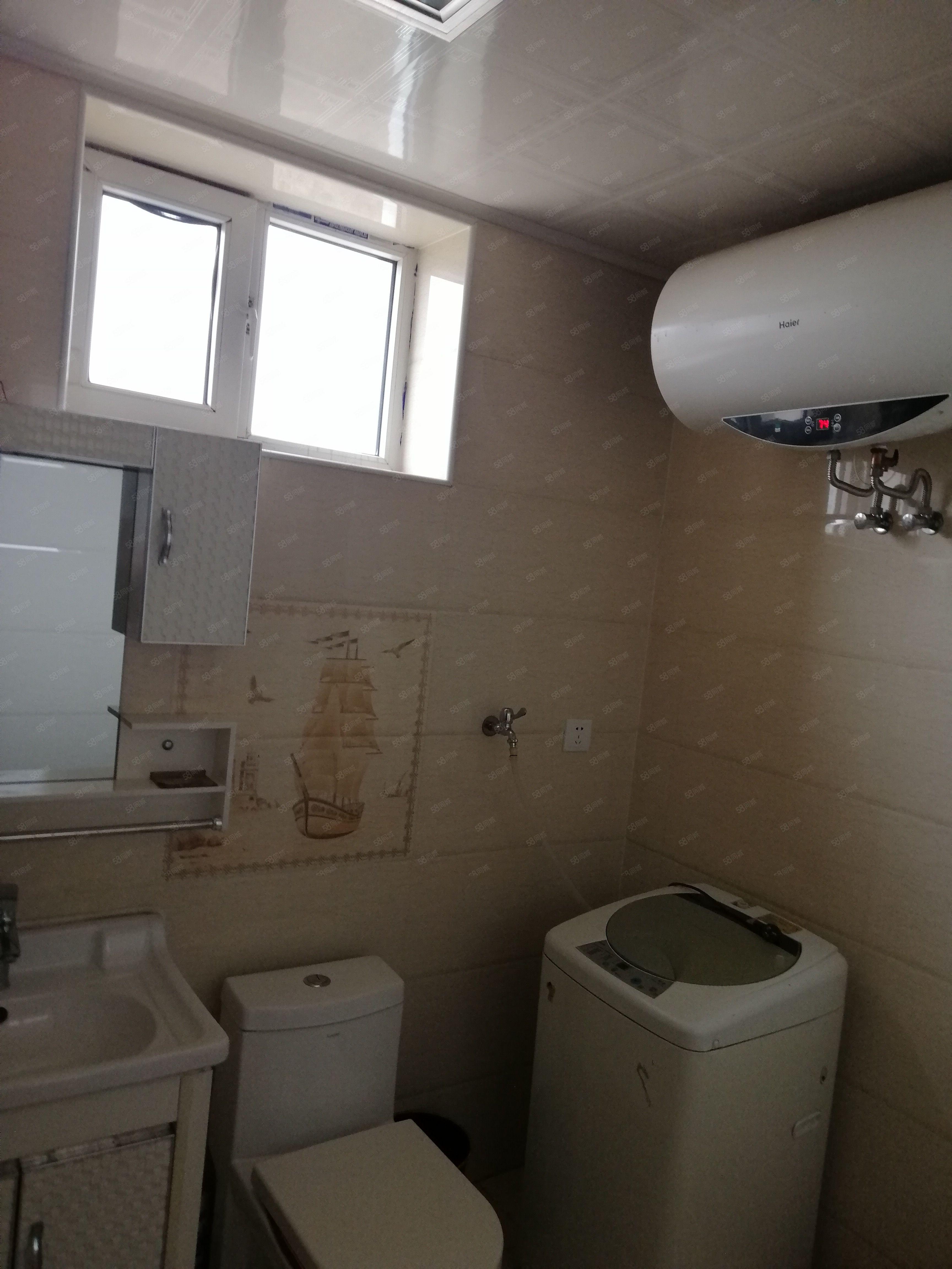 出租闻汇小区新地暖房,简单装修