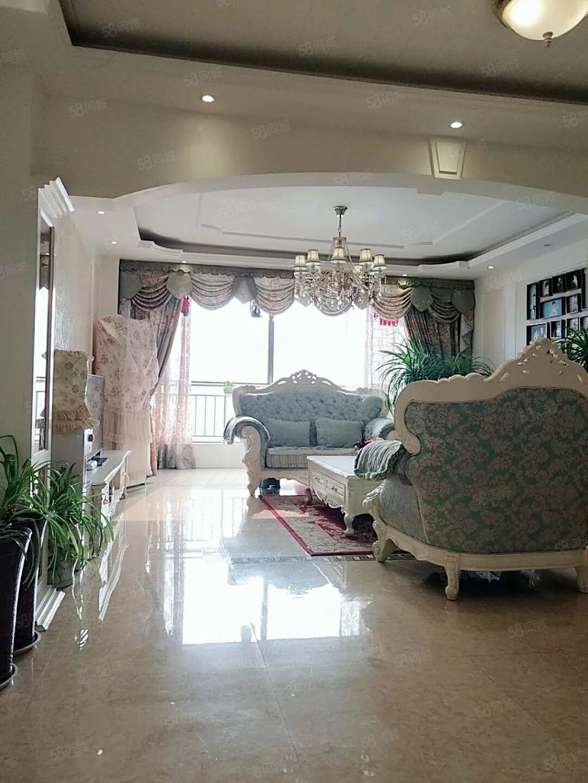 景园精装修3房,带地暖,家具家电齐全