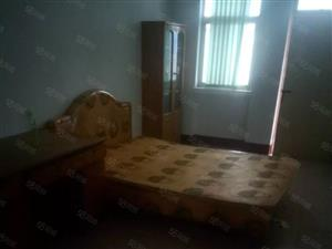 附院北邻装修2室,家具家电齐全,有钥匙,上储