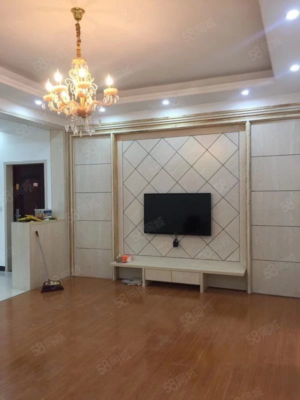 丰业盛世精装修2室2厅出租,家电全配新,随时看房