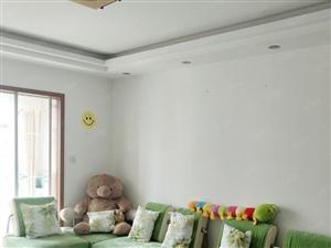 出租上海花园多层5楼、三室两厅两卫、约130平米,精装全配