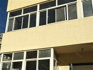 五中家属楼3楼68平全款40万,毛坯包办本外地人可买