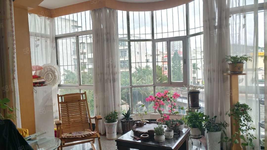 金沙官方平台北苑1364室4/6层106万实货有缘人