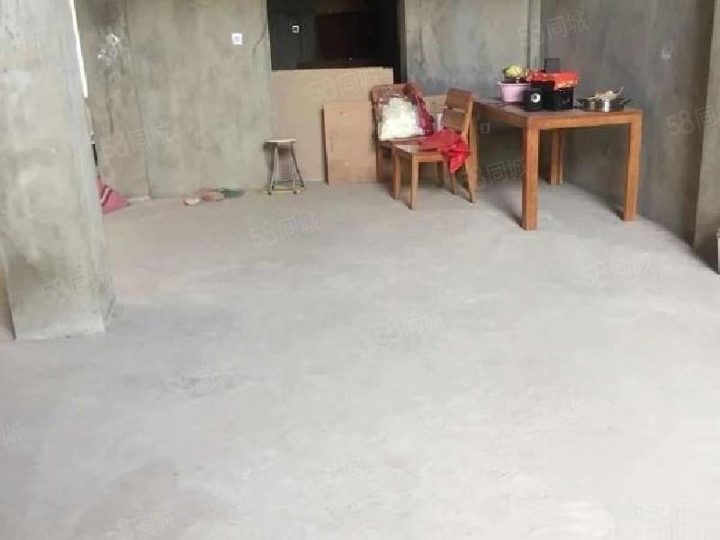 山水佳园一期C1欣园联排金沙官方平台5室前后花园没有地下中空出