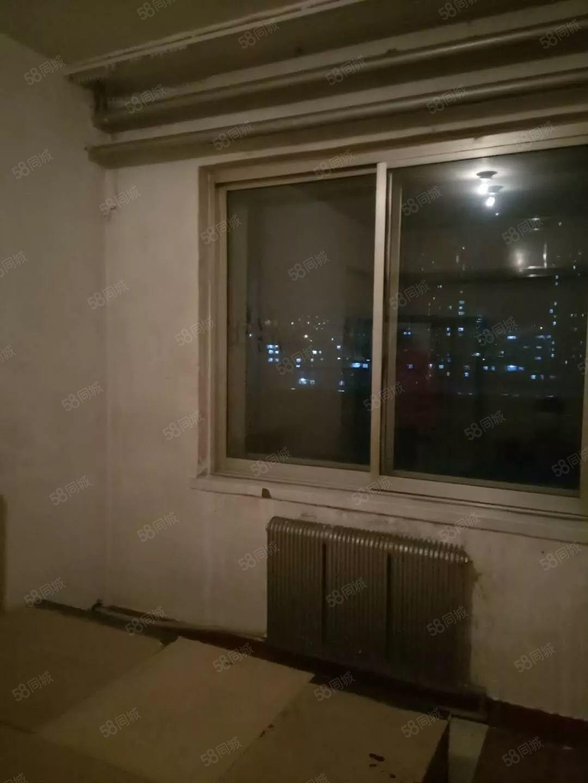 金山医院后,1楼,地点好,光线好