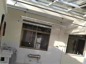 金山路31号公路局宿舍阳光房精装豪华装修家具家电齐全实图拍摄