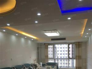 锦绣城紧邻万达温馨两居全新家具家电带车位真实图片