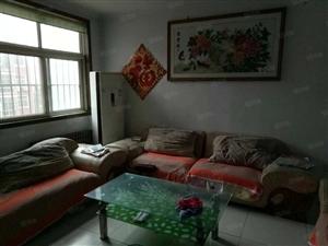 湖北路与罗七路交汇顺和小区三室两厅精装130m家具家电齐全