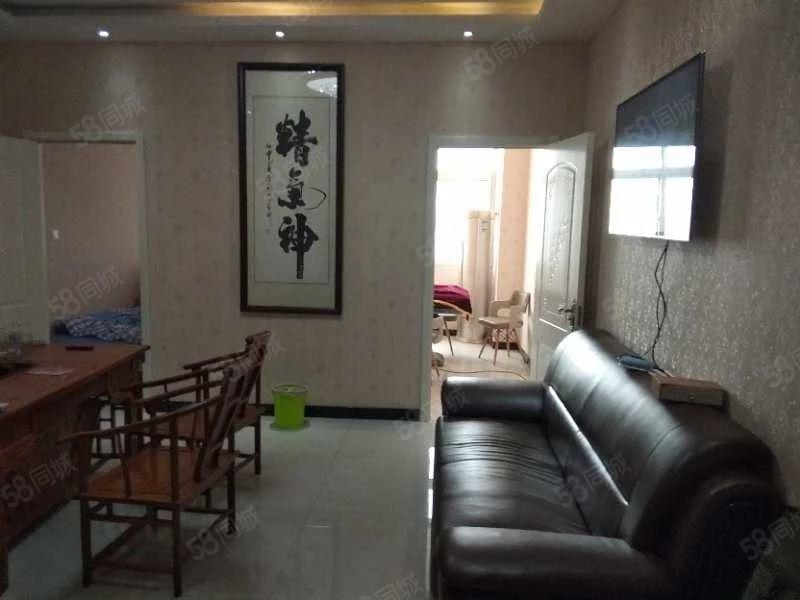 水岸嘉苑两居室90平,好位置好楼层价格美丽,房主急售!!