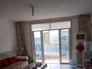 罗庄嘉禾健身西200米南湖尚都小区三室低楼层双气证过二