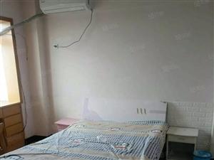 南京路精装单身公寓家具电器齐全拎包入住随时看房