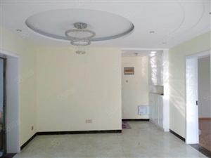 南湖雅苑,精装三室4楼,新装未住,南北通透,采光极好吉房出售