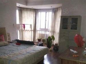 罗马假日新出的3室,看房方便,可以