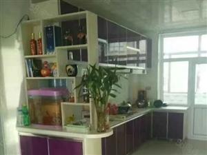 天虹国际小区二居室出售