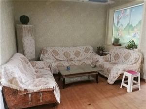 出租:城内牛站街精装3居室家具家电齐可洗澡做饭拎包入住