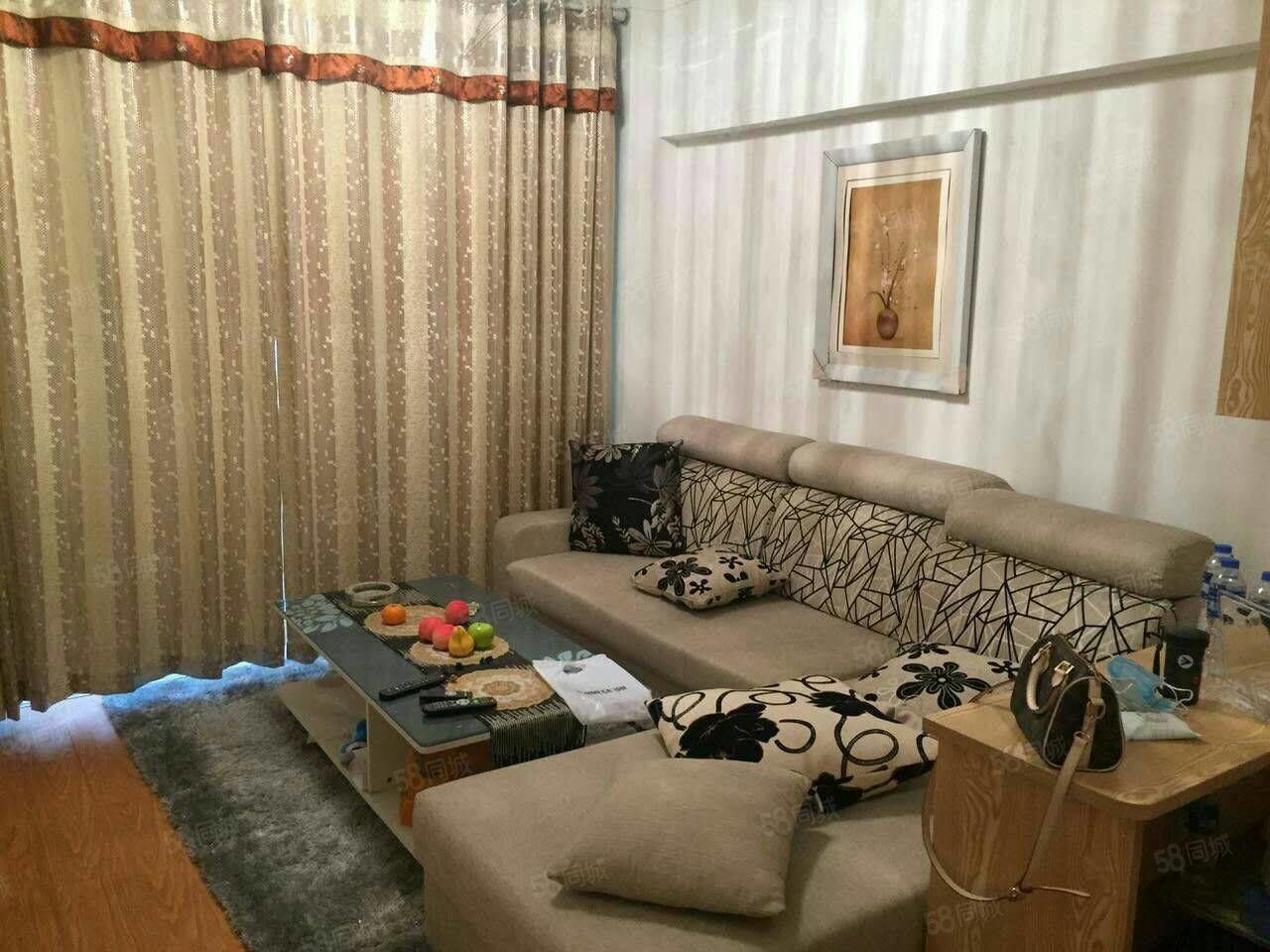 中汇东景国际一房一厅一卫随时看房