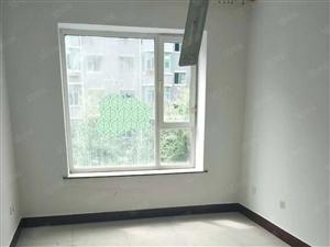 文化康城60平4楼多层年租金10000元
