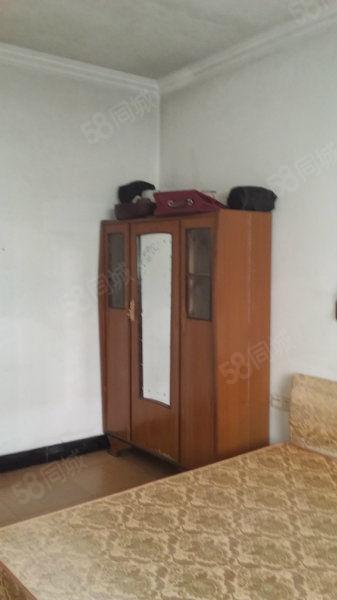 一中、实小附近鹤峰路单身公寓设备齐全拎包入住