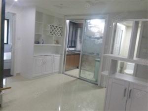 鸿基豪庭精装未入住2室1厅位置好带院子丰中实小