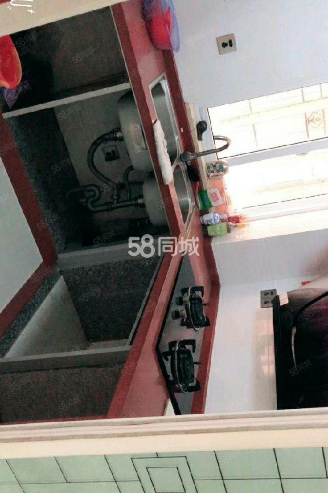 北站附近电梯精装2房出租2200/月,设备齐全,拎包入住