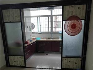 东环小区,产权套房面积140平方,含一个车库25平方