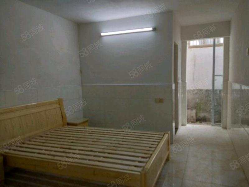 惠城宾馆近200米处新装套房住家安静舒适