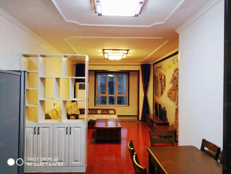 华南城浩创梧桐郡精装中式装修三房两厅两卫1800