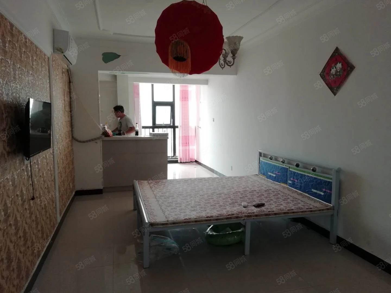 香檀山小公寓精装修,电梯中层纯南户,阳光房,干净