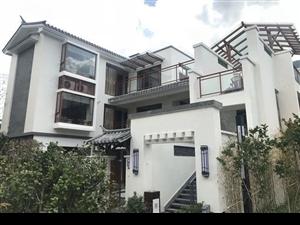 联排别墅152平共3楼1楼入户花园私人车库2,3赠观景露台