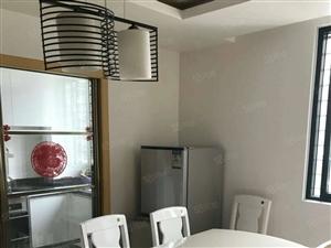 琴海豪庭电梯精装4房出售,拎包入住!生活便利地段中心!