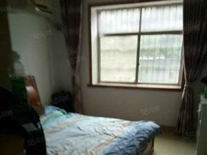 梦湖小学3室出租,精装修带车库一起租1200,家电家具齐全。