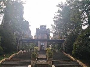 锦春花园小区套内210平望中庭,单价4千全小区唯一一套