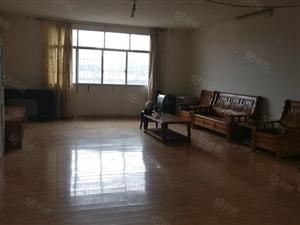《乐家房产》中装4房2厅2卫2阳台,超赞楼层、低调奢华
