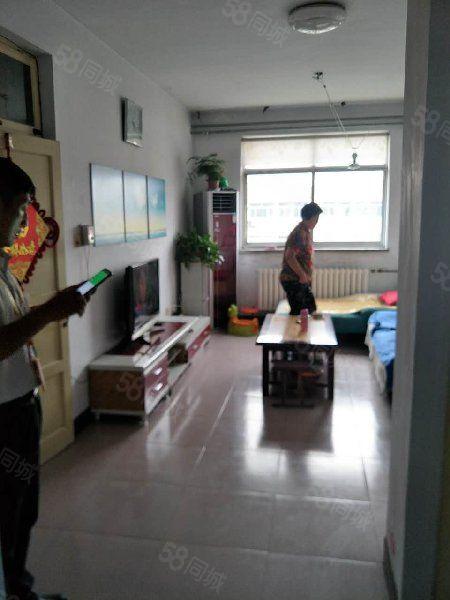 明珠南区证超低税带配套房6平简单装修