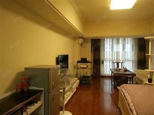 房东再次降价,万达公寓精装,南北通透,总价单价醉低一套出价谈