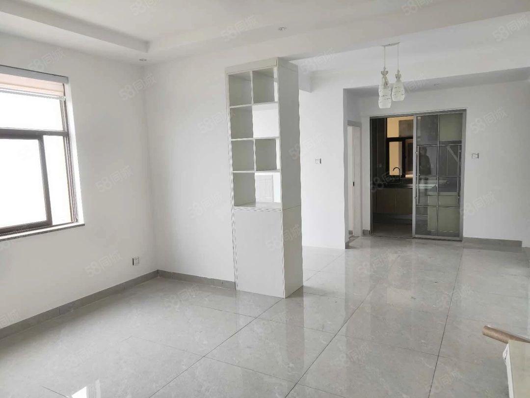 玉水金岸3室新房全新装修楼层好可以配家具家电