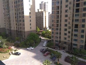 新城丽景大三房,阳光充足,南北通透,户型端正邻市实验小学
