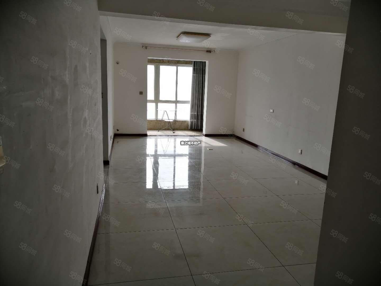 市中心永绥街华城国际精装两室空房用途随你而定