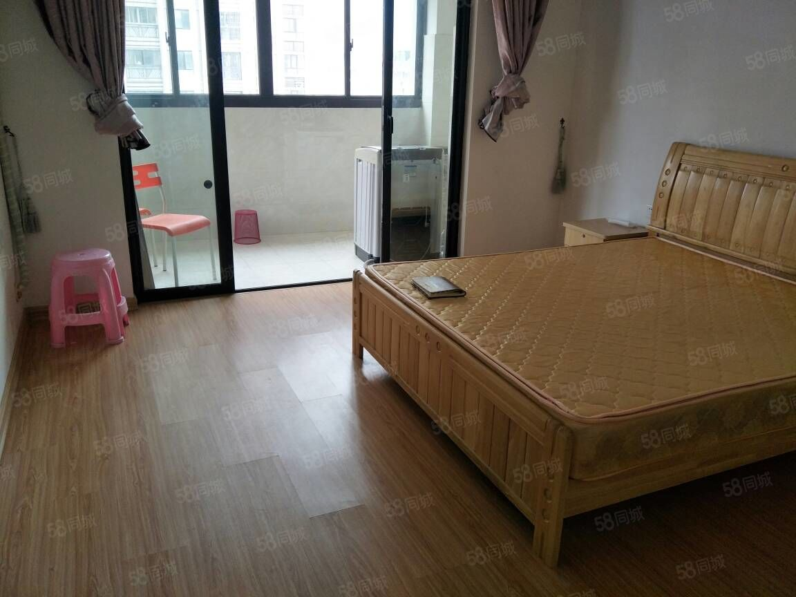 万达华城单身公寓位于东侨区靠近蕉城区南岸北岸