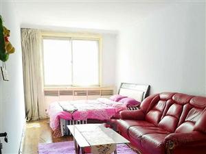 安富里多层4楼出租家电家具全室内干净整洁温馨拎包即住