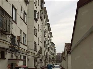 兴华东路手表厂家属院有院子40平方有证可以按揭储藏室6平方