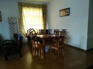 阳光假日城房东置换,诚心出售,欢迎看房,随时恭候。