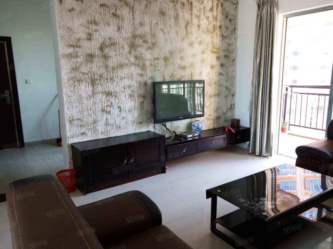 中天彩虹城三房两厅租客刚到期2400租金