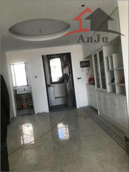 《安居房产》橄榄城电梯洋房超大四室南北通透可以贷款