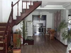 纯水岸复式洋房,精装修,1楼带半地下,赠60多米花园,含家电