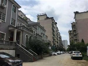 北门人防新村,步梯中层,有钥匙随时看房