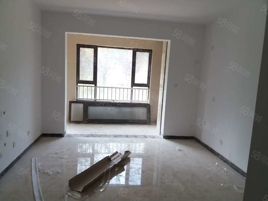 中垠悦城一楼带院有证可贷款全明户型性价比高